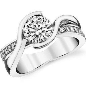 Jewelry - 3.00 Ct round cut sparkling diamonds engagement